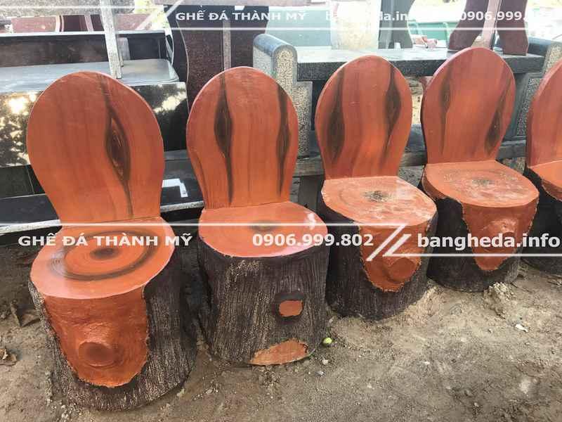 Mua ghế đá giả gỗ trang trí quán café 1