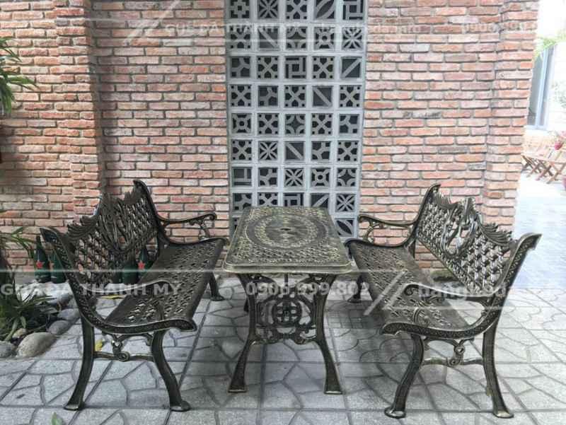 bàn ghế sân vườn 1